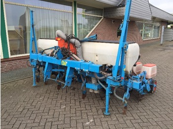 Monosem NV 6 rij maiszaaier - sowing equipment