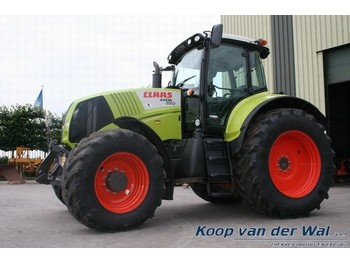 Claas/Renault Axion 820 - wheel tractor