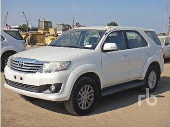 Car TOYOTA FORTUNER
